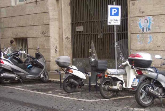 Coordinamento Italiano Motociclisti - Sostare sul